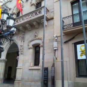 Ciudadanos (Cs) Terrassa reclama al equipo de gobierno la retirada de símbolos partidistas de todos los edificios y espacios públicos