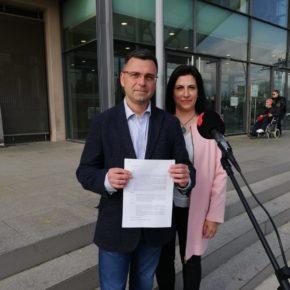 Ciutadans (Cs) Terrassa demana a la Junta Electoral la retirada de símbols partidistes de la façana de l'Ajuntament